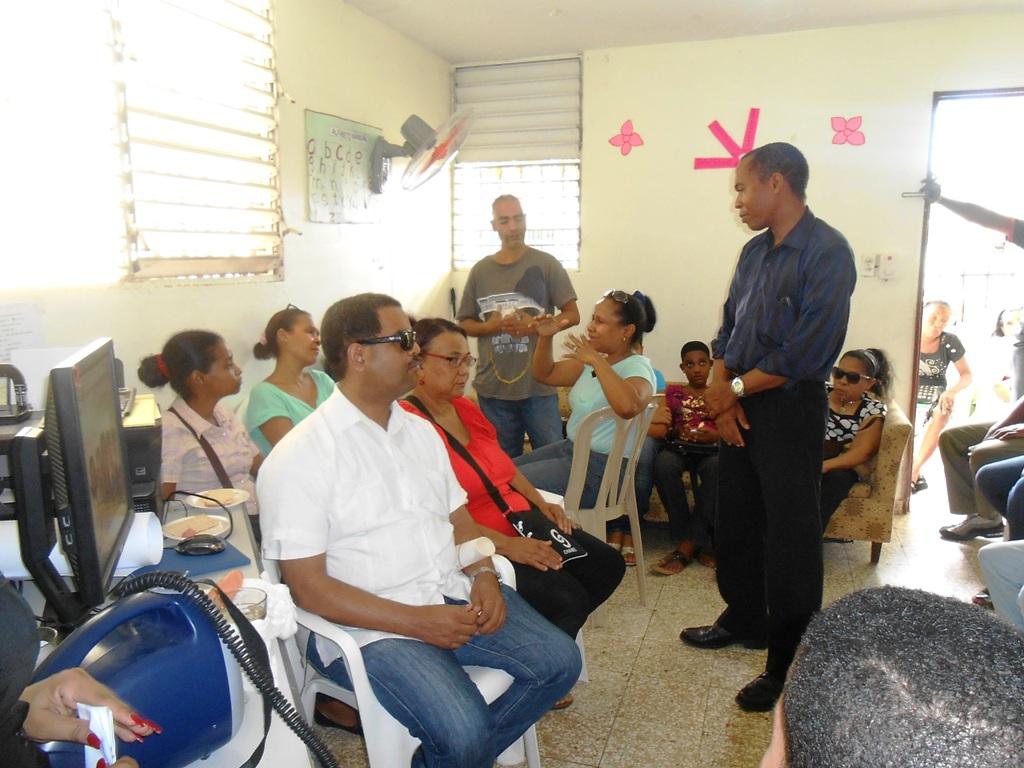 RD: Conmemoran día internacional de las personas sordociegas