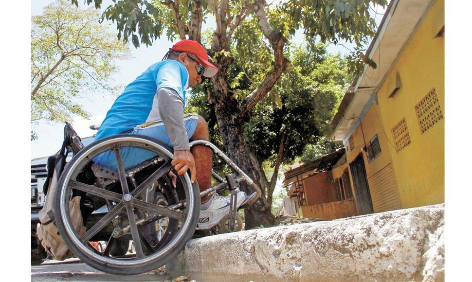 Nicaragua Personas Con Discapacidad Sortean Barreras