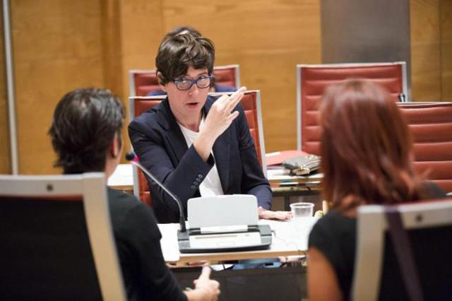 España: Pilar Lima primera senadora sorda de España