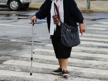 A más edad aumentan los riesgos de sufrir lesiones. EL INFORMADOR / ARCHIVO