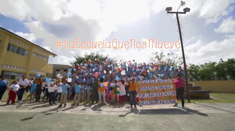 Laescuelaquenosmueve